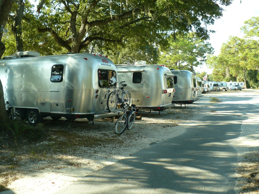 2008 Airstream Rally 001 - River's End Campground & RV Park